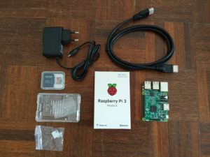 Photo du contenu du Raspberry Pi 3 Starter Kit
